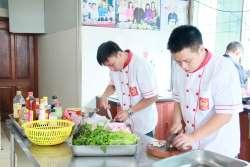Nông Văn Lập, Nguyễn Hoàng Hải khóa học lẩu nướng mở quán tại Học Món Việt